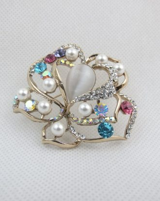 Pearl Dome Broach