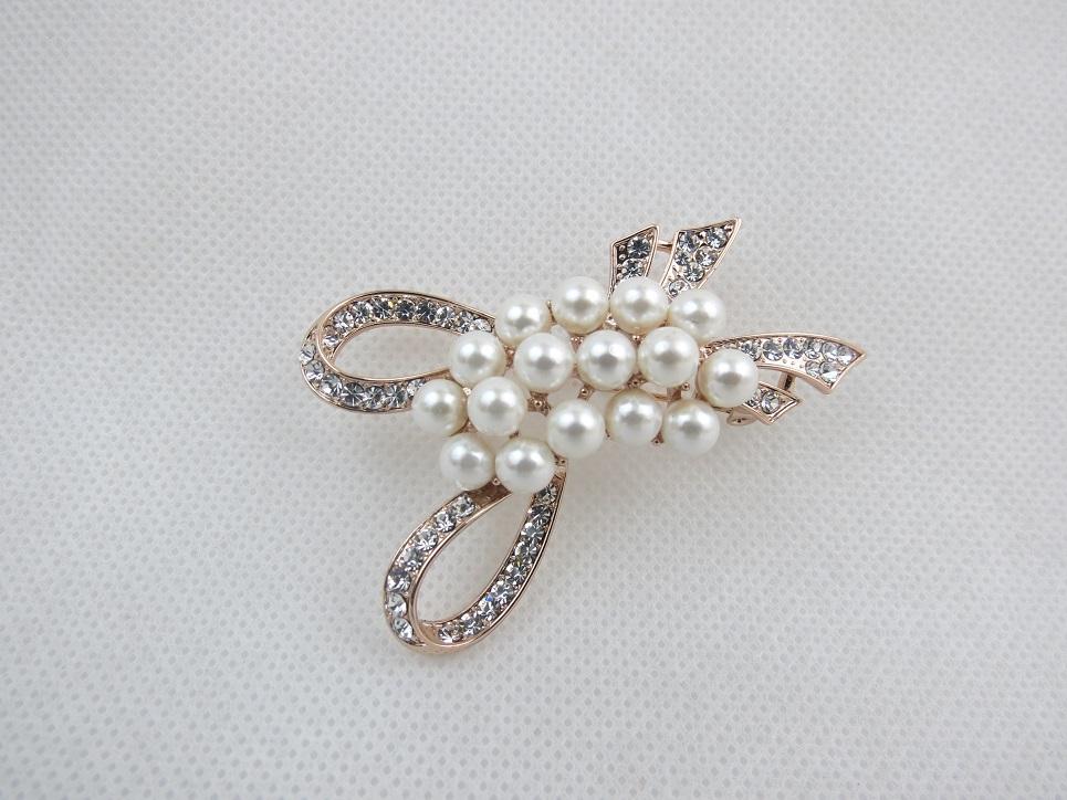 Diamante Bow Broach
