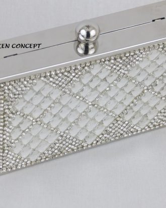Petunia High End Silver Clutch