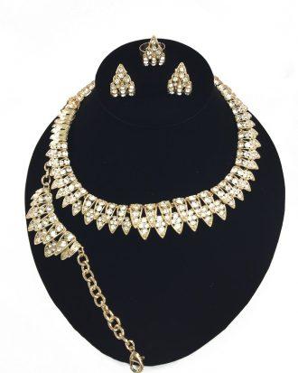 Wardrobe-Friendly Jewelry Set.